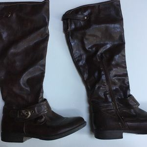 Women's leather boots-size 7